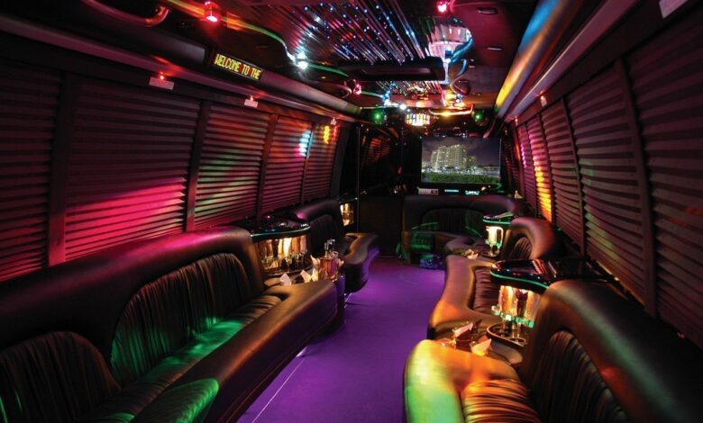Photo of Right Options for the Perfect Party Bus
